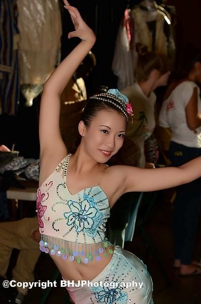 2016-06-29 Asian Dancer