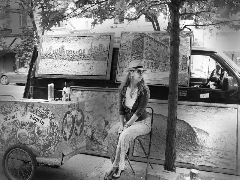 VILLAGE ARTIST