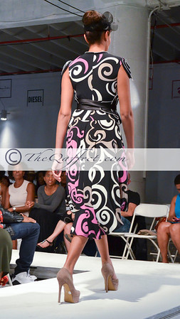 BK Fashion Wknd Spg 2013_Sohung Tong_004
