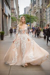 208_KLK_Pallas Couture_Danielle_1-2