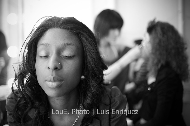 LouEPhoto Clothing Show Backstage May 2011-7