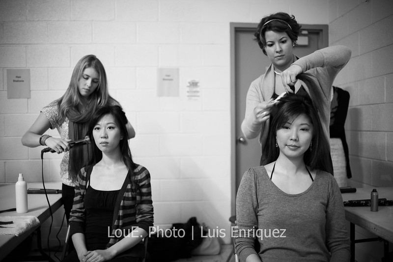 LouEPhoto Clothing Show Backstage May 2011-15