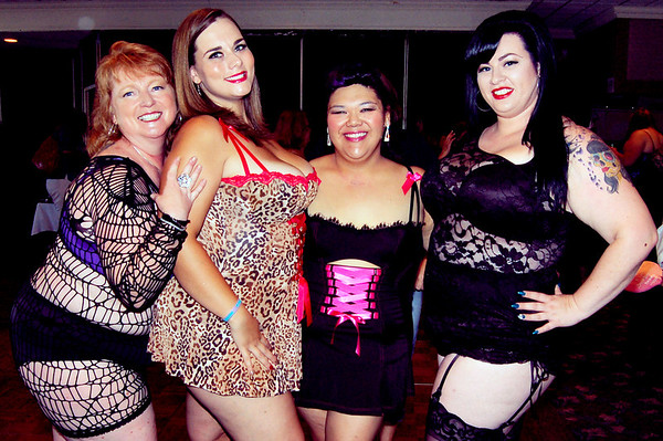 Curvy Girl Lingerie Fashion Show