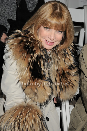 Ana Wintour<br />  photo  by Rob Rich © 2010 robwayne1@aol.com 516-676-3939