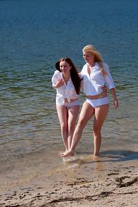 Sarah_and_Diana_20090620_413