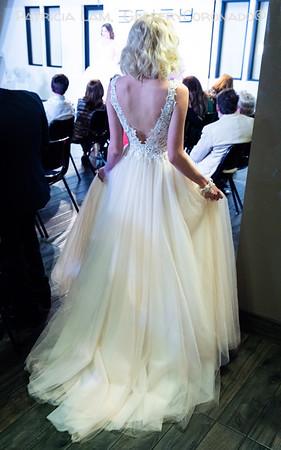 wedding dress back 6692