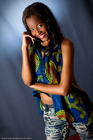 Edmara General with an excerpt of Kamana Felix collection, Maputo, Mozambique.
