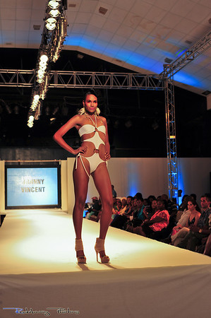 Couture by Johnny Vincent. International Supermodel - Arlenis Pena Sosa