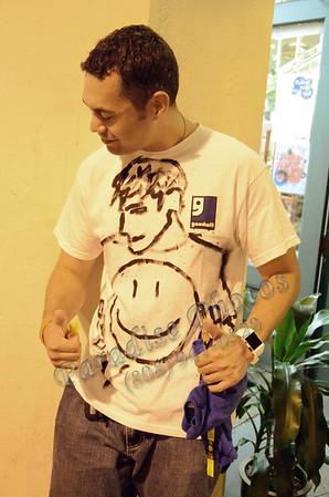 VanCamp shirt he painted 081811 359