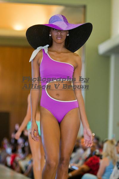 Brazilian Bezel Swimwear_0038