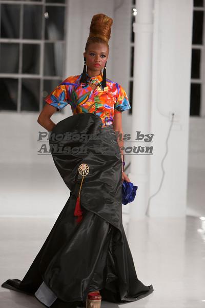Darius Wobil - Fashion Wk 2011_0495