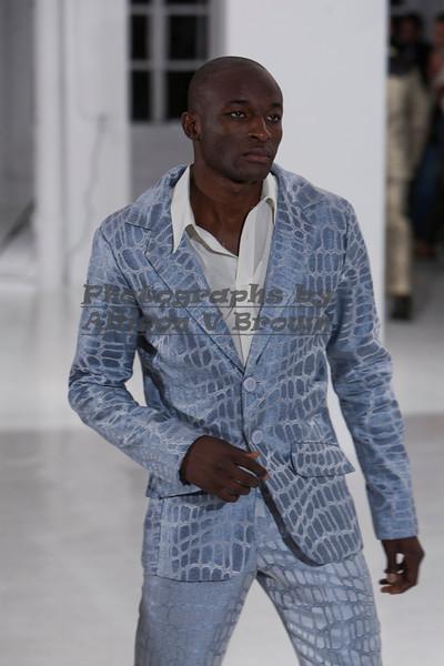 Darius Wobil - Fashion Wk 2011_0169
