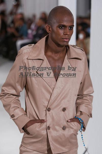 Darius Wobil - Fashion Wk 2011_0104