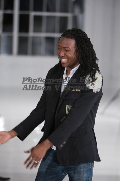 Darius Wobil - Fashion Wk 2011_0237