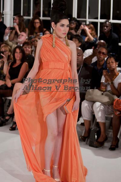 Darius Wobil - Fashion Wk 2011_0404