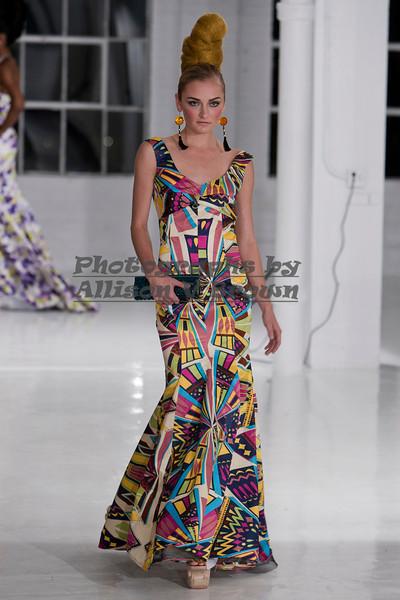 Darius Wobil - Fashion Wk 2011_0318