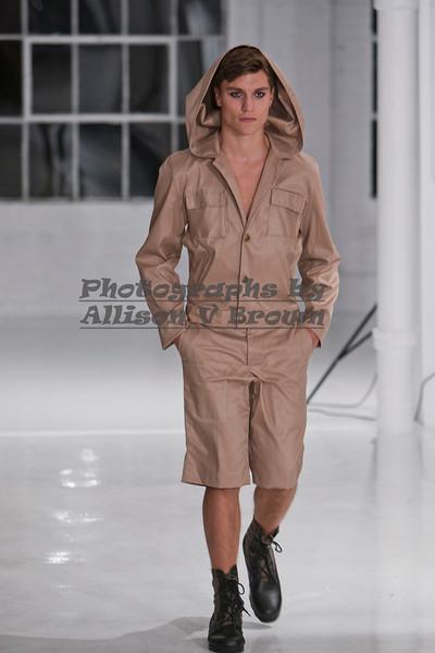 Darius Wobil - Fashion Wk 2011_0093