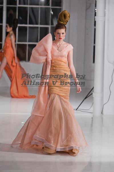 Darius Wobil - Fashion Wk 2011_0414