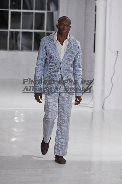 Darius Wobil - Fashion Wk 2011_0164