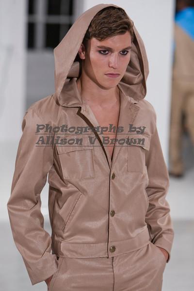 Darius Wobil - Fashion Wk 2011_0099