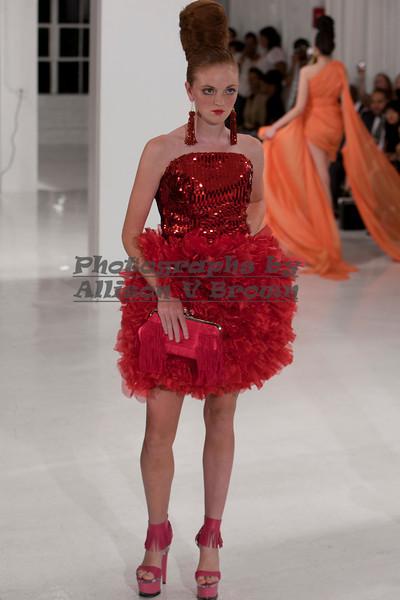 Darius Wobil - Fashion Wk 2011_0412