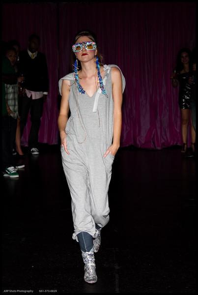 Oni Fashion Show-19