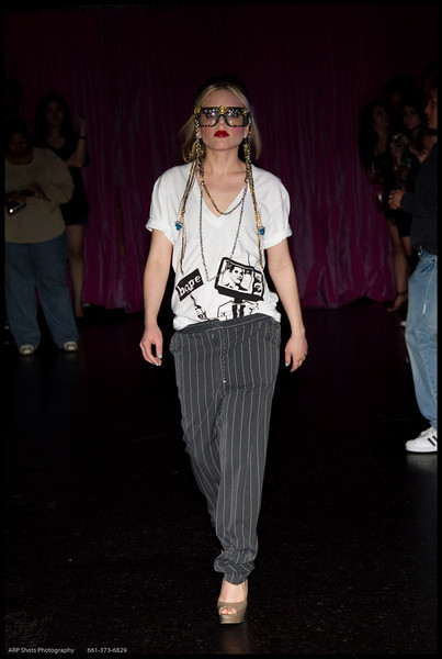 Oni Fashion Show-49