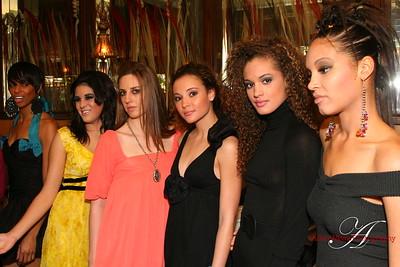 http://www.allenwaynephotography.com/Fashion/Fashion-Week-LA-Shop-till-you/IMG1052/263811309_y7Y2z-S.jpg