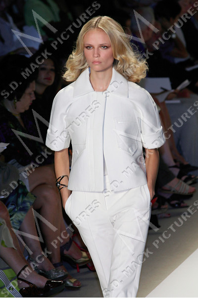 NEW YORK - SEPTEMBER 07:  The J.Mendel show in Bryant Park during Mercedes-Benz Fashion Week.  (Photo by Steve Mack/S.D. Mack Pictures)