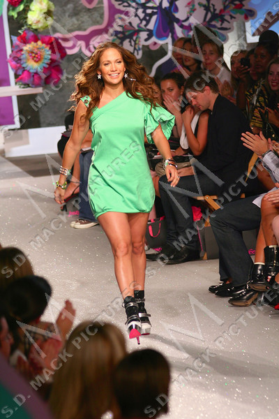 """NEW YORK, NY - September 11:  Jennifer Lopez at The JustSweet Spring 2008 Fashion Show (by Jennifer Lopez J. Lo) at EyeBeam, 540 W21st St on September 11, 2007 in NEW YORK, NY.  (Photo copyright 2007 Steve Mack)  Note: These images are are available for licensing through <a target=""""_blank"""" title=""""Licensing through The Everett Collection"""" href=""""http://www.everettcollection.com"""">The Everett Collection</font></a>."""