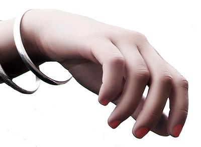 Hand CRW_4697