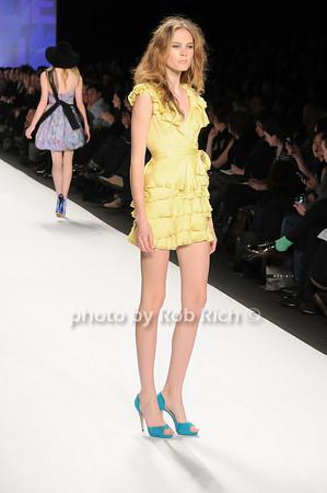 model<br /> <br /> photo by Rob Rich © 2010 robwayne1@aol.com 516-676-3939