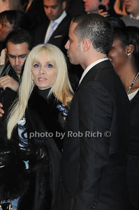 Victoria Gotti, Carmine Gotti  photo by Rob Rich © 2010 robwayne1@aol.com 516-676-3939