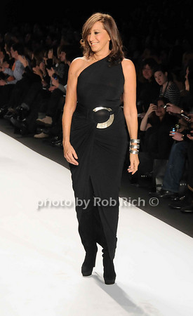 Donna Karan<br /> <br /> photo by Rob Rich © 2010 robwayne1@aol.com 516-676-3939