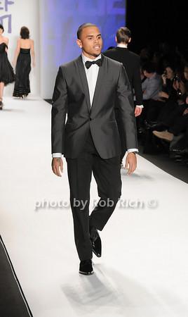 Chris Brown<br /> <br /> photo by Rob Rich © 2010 robwayne1@aol.com 516-676-3939