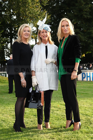 Louise Kennedy, Liz Maher (Style and Elegance Competition winner) and Victoria Smurfit at the Irish Champion Stakes in Leopardstown (September 2014)