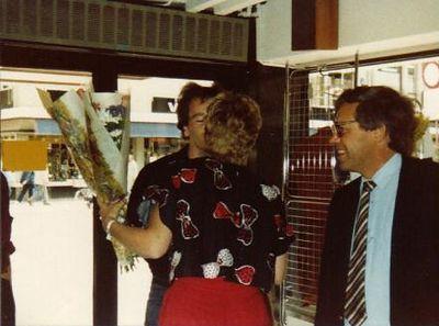 De heropening van M&M Dordrecht na de verbouwing in de jaren '80 met Aafke en Paul Boom