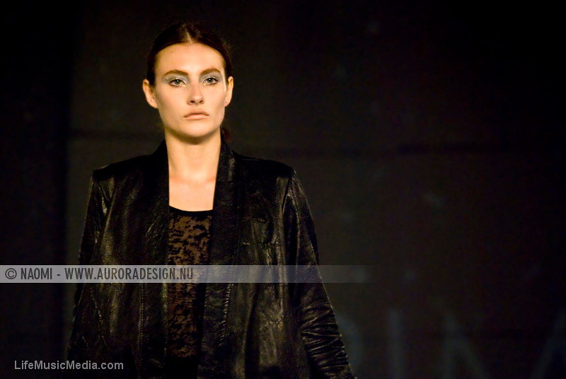 "LMFF Offsite Runway #2, L'Oréal Melbourne Fashion Festival 2011 - presented by Yen magazine  Designer: Trimapee  Photographer: <a href=""http://www.auroradesign.nu"" target=""_wina"">Naomi Rahim</a>  <a href=""http://lifemusicmedia.com"">LIFE MUSIC MEDIA</a>"
