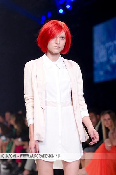 L'Oréal Paris Runway 06 – Cosmopolitan