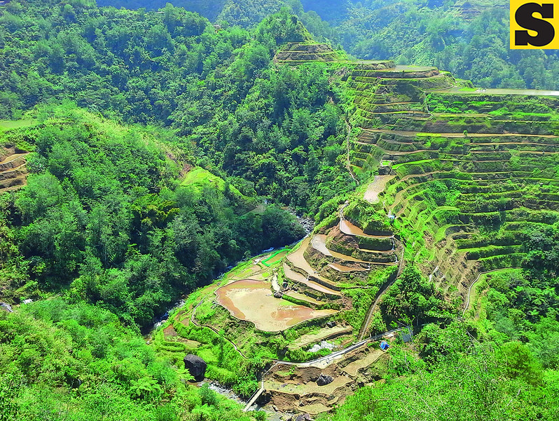 At the viewing deck of the Banaue Rice Terraces in the province of Ifugao; the eighth wonder of the world. (Photo by Noel Villaflor of Sun.Star Cebu)
