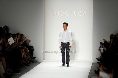 Luca Luca fashion photo by Rob Rich © 2010 robwayne1@aol.com 516-676-3939
