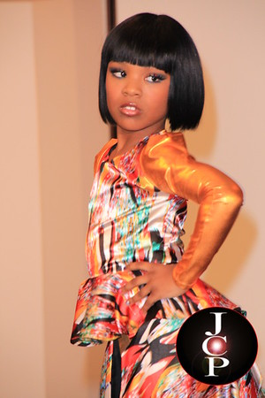 Luxe Monroe National Modeling Compeition