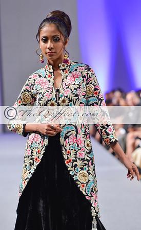 Parna Ghose_Pure Elegance_015