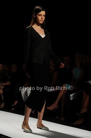 Narcisso Rodriguez fashion photo by Rob Rich © 2010 robwayne1@aol.com 516-676-3939