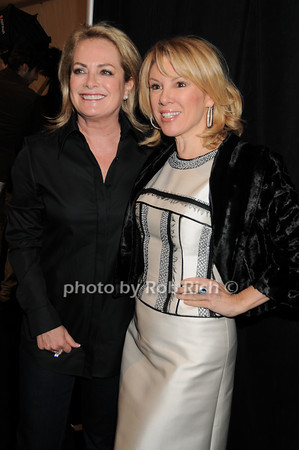 Pamela Roland , Ramona Singer<br /> photo by Rob Rich © 2010 robwayne1@aol.com 516-676-3939