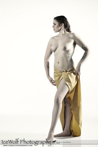 Model: Sara Jenkins<br /> HMUA: Araceli Ortega<br /> Photographer: Alex Weisman