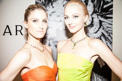 Models Lejla Szabo and Marla Weaver
