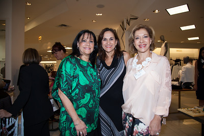 Ana Maria  Diaz, Blanca Mejia and Essie Nanez