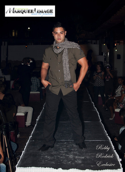 San Antonio Fashion Week 2011: A Hint of Skin Fashion Show