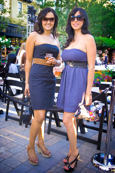Rosa Leyva and Julie Flores